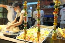 [Offbeat]: Shanghai's Oldest Theme Park has a Night Market