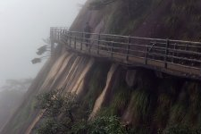 [Outbound]: Hiking In The Clouds In Sanqingshan