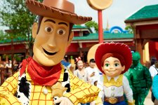 Here's What Disney Resort's Toy Story Land Looks Like! We Went!