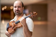 [Shanghai Famous]: Concertmaster of the Shanghai Symphony Orchestra, Guillaume Molko