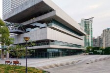 Shanghai Builds and Rebuilds: Four Stunning and Modern Art Palaces
