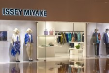 Retail Therapy: Celebrity Designer Shops For New Spring Clothes