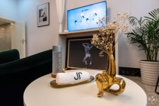 JSquared Does Queer-Friendly, Male-Only Hair Removal Therapy