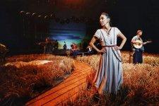 Vagabond Song: Folk Group Split by SARs Reunites During COVID