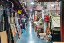 Hunting for Tomb Robbers at the Ju Qi Antique Market