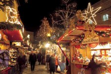 Here Are 6 Christmas Markets Happening This Weekend