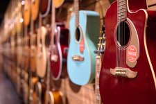 Acoustic or Electric? Check Out These 6 Guitar Paradises Around Town
