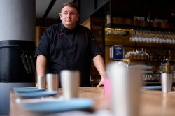 [Shanghai Famous]: The Iron Chef Matthew Ona
