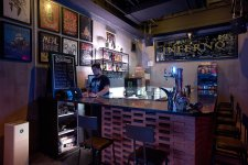 8 Dive Bars for the Down and Dirty