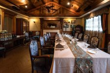 [What Remains]: Shanghai's 100-Year-Old Western Restaurant, Deda