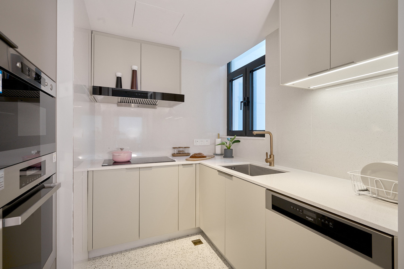 LIV'N 833 Two Bedrooms